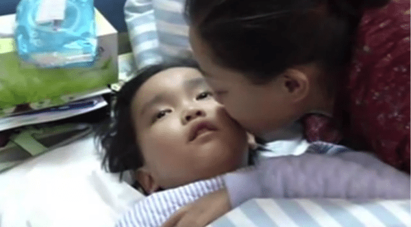 7_year_old_boy_saves_dying_mother_by_donating_kidney_9