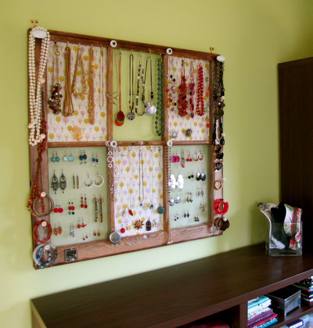 Clever And Creative Ways To Display Your Jewelry