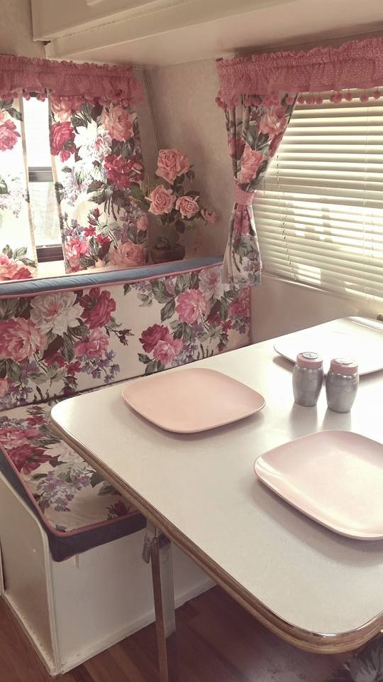 floral-pink-trailer-dining-area