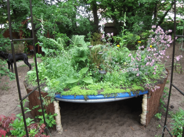 Raised-Gardening-Bed
