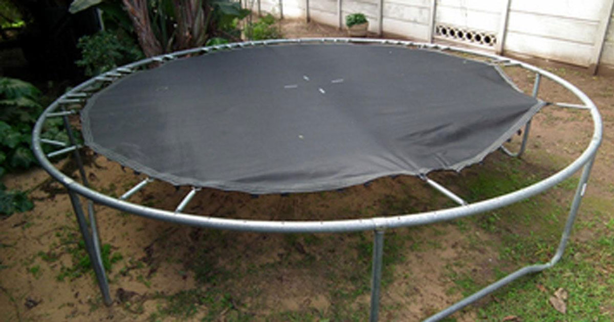 ways_to_transform_a_trampoline_featured