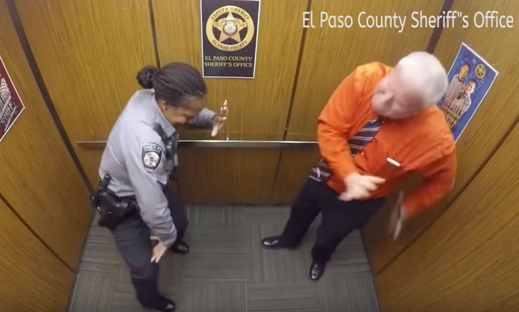 colorado_deputies_dance_in_elevator_2