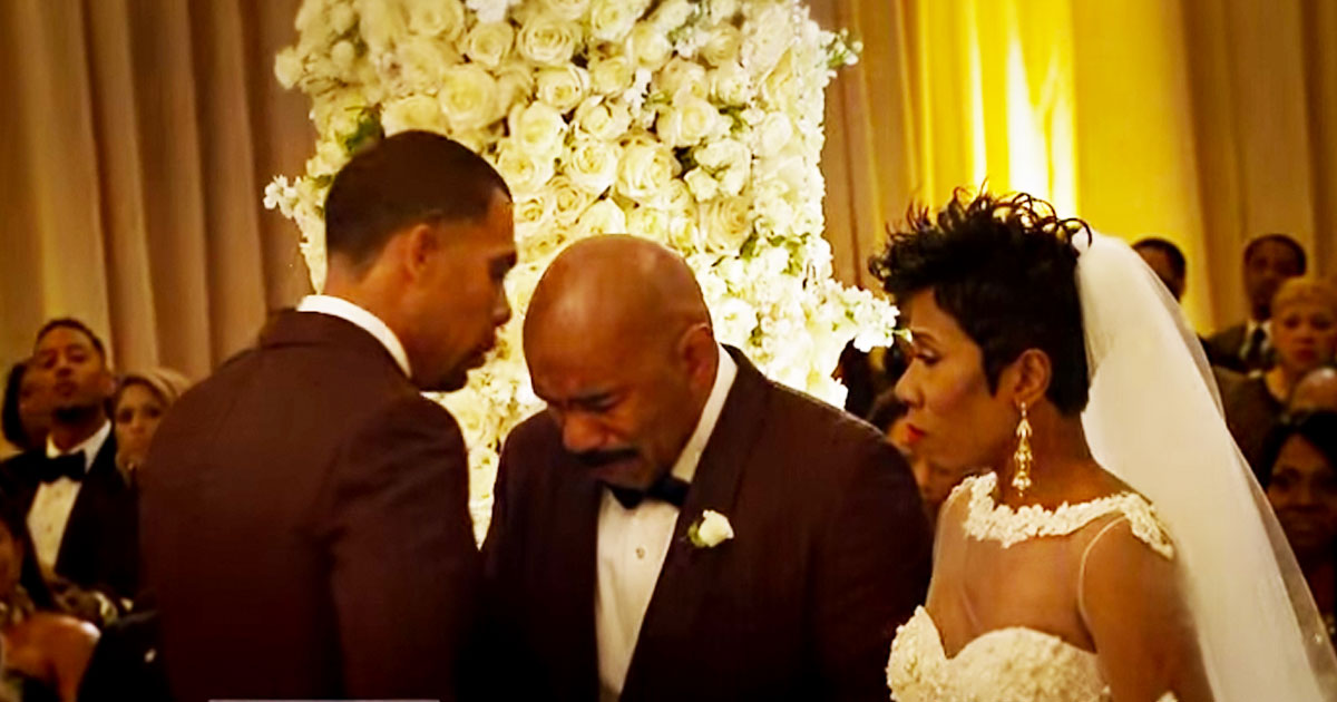 Steve Harvey Walks His Daughter At Her Wedding The He Sees Groom And Does THIS