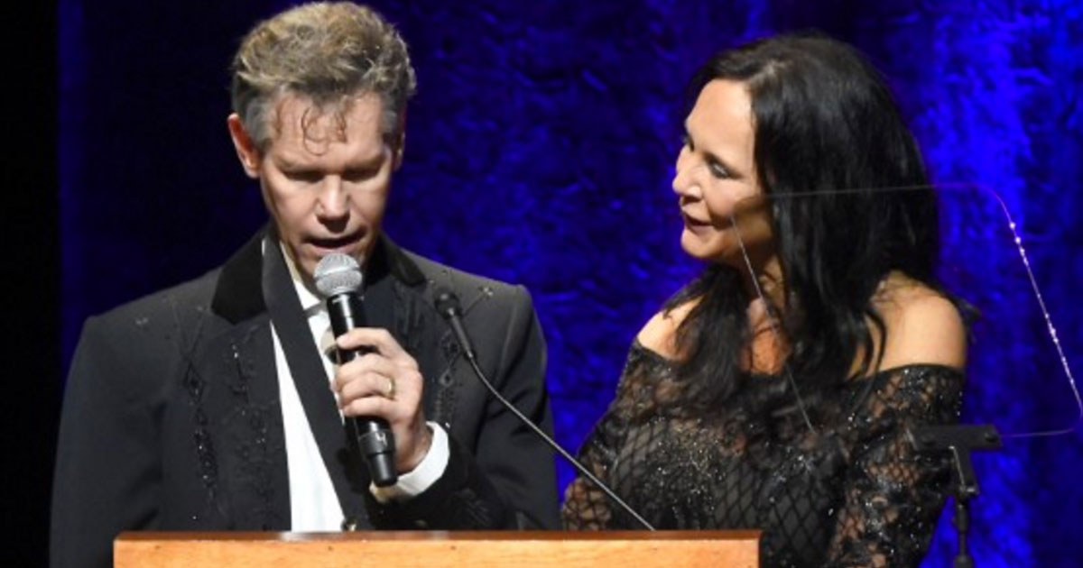 3 years after debilitating stroke randy travis sings a