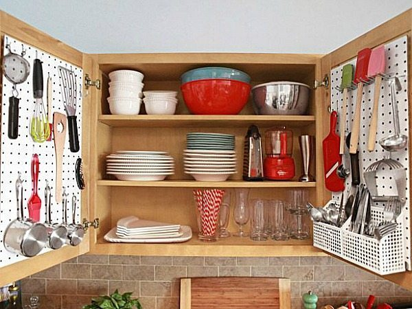 small-kitchen-organization-idea