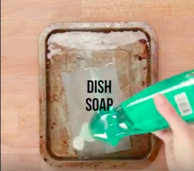 dish-soap-on-pan