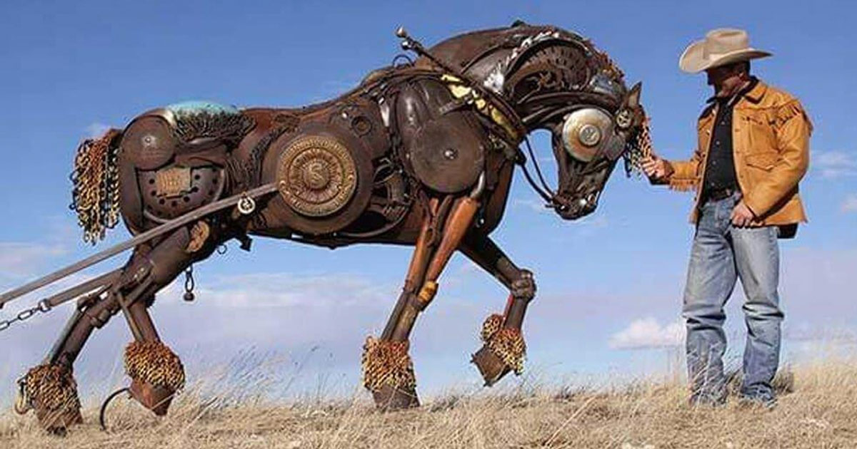 Artist Transforms Old Farm Equipment Into Incredible Animal - Artist transforms scrap metal into amazing animal sculptures