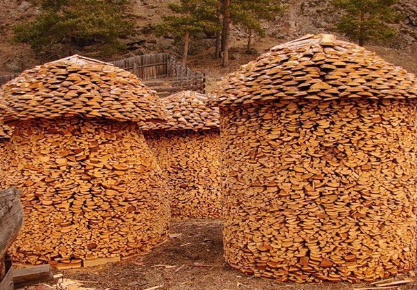 11-creative-log-piles
